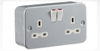 metal-clad-socket.jpg